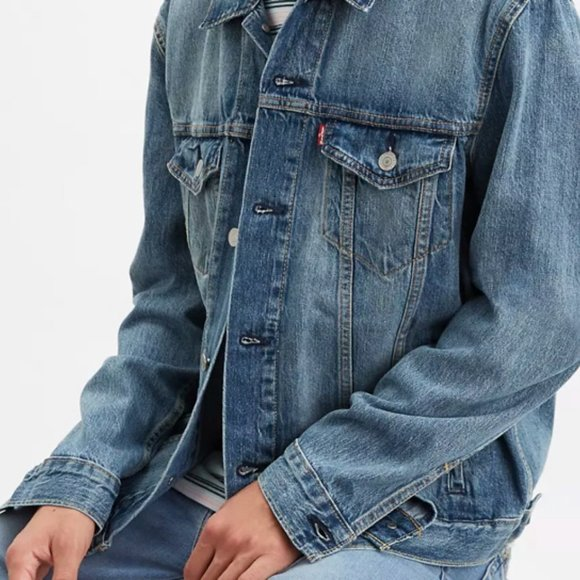 Levi's classic trucker denim jacket men